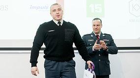 Vilniuje apdovanoti kyšiams atsispyrę policijos pareigūnai