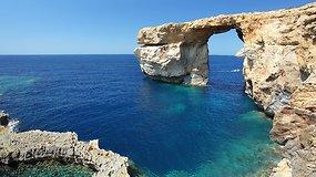 Po vieno lankomiausių Maltos objektų griūties – svarstymai, kaip atkurti uolą