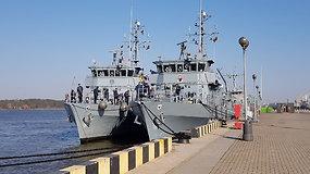 Išsirikiavo dviem eilėmis: Klaipėdoje prisišvartavo net aštuoni karo laivai
