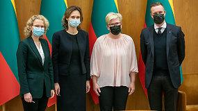 Lietuva turės naujus valdančiuosius: konservatoriai su liberalais pasirašė koalicijos sutartį