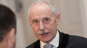 E.Dragūno advokatas nenoriai pripažino, kad teismas jo klientui pasibaigė gerai