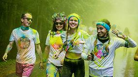 """Vilniaus Vingio parke – spalvingas """" The Color Run"""" bėgimas"""
