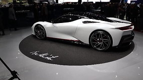 Duris atvėrė 89-oji Ženevos automobilių paroda