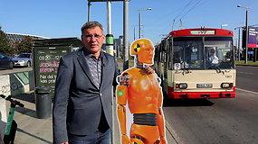 """Važiuojame troleibusu: ar """"m.Ticket"""" spės aktyvuotis iki kitos stotelės?"""