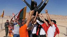 Dakaro finiše lietuviai ant rankų kilnojo Antaną Juknevičių ir Darių Vaičiulį