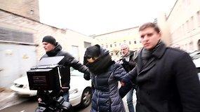 Kėdainių rajone žiauriu berniuko sumušimu įtariama motina atvesta į teismą