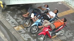 Vietnamo sostinėje planuojama uždrausti motorolerius ir motociklus