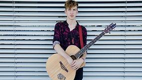 Kristijonas Ribaitis gyvai pristatė naują dainą: apie artėjantį albumą ir alternatyvios muzikos sceną Lietuvoje