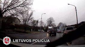 Vilniuje užfiksuotas eismo įvykis, kurio kaltininkas pabėgo iš įvykio vietos