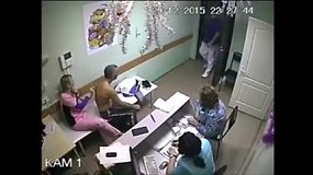 Rusijoje gydytojas vienu smūgiu užmušė pacientą