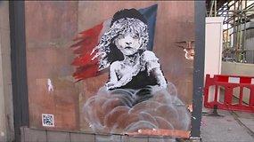 Grafiti meistras Banksy piešiniu Prancūzijai išreiškė kritiką dėl elgesio su migrantais