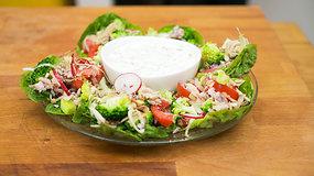 Receptas: salotos su brokoliais ir rūkyta silke