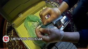 Policija viešina vaizdus iš kratos Broniaus Vyšniausko namuose
