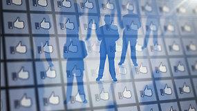 """""""Facebook"""" skandalas: ką tinklas žino apie mus ir kam tai naudoja?"""