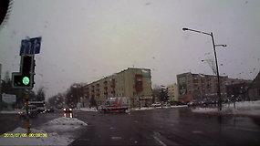 """Reanimobilio ir """"Peugeot"""" susidūrimas Panevėžyje"""