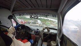 "Įrašas iš ""Super Cars"" klasės dalyvio Egidijaus Kirdeikio ""Volkswagen Golf R32"""