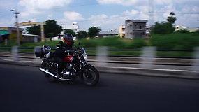 """Karolis Mieliauskas baigė savo kelionę """"Royal Enfield"""" motociklu aplink pietų Indiją"""