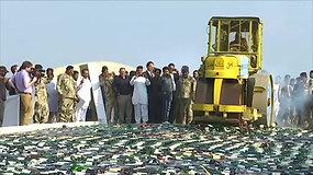 Naikinimo operacija Pakistane – pareigūnai likvidavo milžinišką svaigalų kiekį