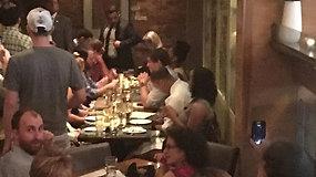 Protestuotojai užsipuolė meksikiečių restorane vakarieniavusią K.Nielsen