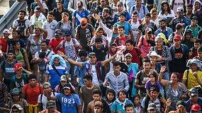 D.Trumpo siaubas artėja prie JAV: centrinės Amerikos migrantų karavanas neketina sustoti