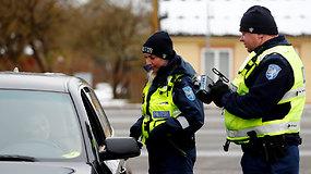 Viršiji greitį – tapk organų donoru: Estijos pareigūnai pažeidėjams skiria ne tik įprastas baudas