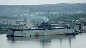 Apgadintas vienintelis Rusijos lėktuvnešis – per remontą nuskendo milžiniškas plaukiojantis dokas