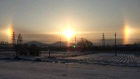 Danguje nušvito trys saulės – gyventojus nudžiugino retas optinis fenomenas