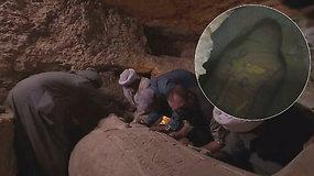 Archeologai negalėjo patikėti tuo, ką rado: pamirštose kapinėse atidarė 2500 m. senumo sarkofagą