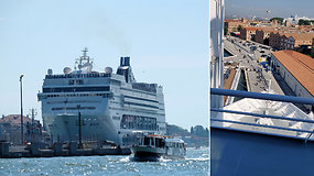 Nevaldomas kruizinis laivas Venecijoje atsitrenkė į prieplauką ir turistų laivelį