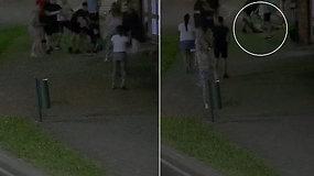 Alytuje – lyg bokso ringe: kameros užfiksavo, kaip po smūgio vaikinas liko gulėti be sąmonės