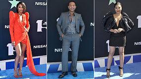 """Pasigrožėkite: ant mėlynojo """"BET Awards"""" kilimo sužibo žvaigždės"""