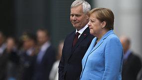 A. Merkel vėl ištiko drebulio priepuolis –  trečiasis per mėnesį