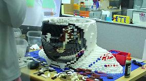 Tokio astronauto dar nėra tekę matyti – jį surinko iš daugiau nei 30 tūkst. LEGO kaladėlių
