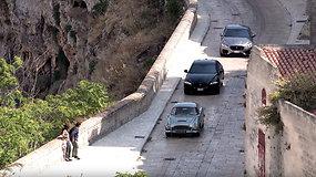 Gyventojus pribloškė dramatiškos automobilių gaudynės – išskirtiniai vaizdai iš filmavimo aikštelės