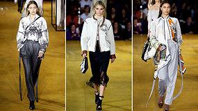 """Ant """"Burberry"""" podiumo – supermodeliai ir netikėtas Kendall Jenner išvaizdos pokytis"""