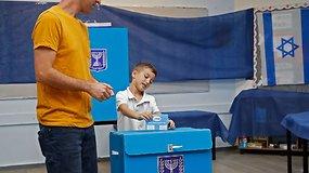 Izraelyje vyksta parlamento rinkimai: balsavime laukiama įtemptos kovos