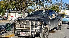 Meksikos karteliui surengus ataką netoli sienos su JAV žuvo 20 žmonių