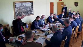 """Seimo nario Audrio Šimo balsavimas kelia aistras – už poelgį išvadintas """"šūdo gabalu"""""""