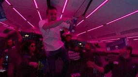 Pirmasis vakarėlis be gravitacijos: Steve Aoki linksminosi su išrinktaisiais iš viso pasaulio