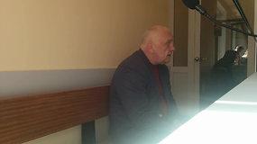 Teisme – pasikėsinimu į prokurorą ir pareigūną įtariamas advokatas Aivaras Surblys