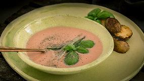 Eksperimentuojame virtuvėje: šalta pomidorų ir kefyro sriuba