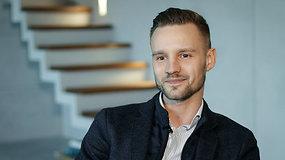 """Žaliausiame Lietuvos būste įsikūręs Lukas Liekis: gyventi """"Aeronamuose"""" – kiekvieno piloto svajonė"""