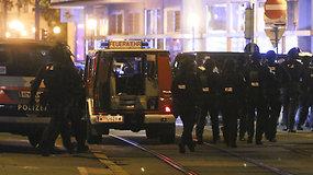 Šaudynės Vienoje: žuvo mažiausiai 4 žmonės, vienas iš užpuolikų – IS rėmėjas su sprogmenų diržu