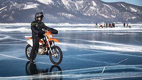 Ekspedicijoje ant Baikalo ežero motociklininkus pasitinka kerintys vaizdai ir nenuspėjami pavojai