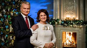 Prezidento Gitano Nausėdos ir ponios Dianos Nausėdienės sveikinimas šalies žmonėms šv. Kalėdų proga