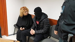 Jonas Baronas atvesdintas į teismą Vilniuje