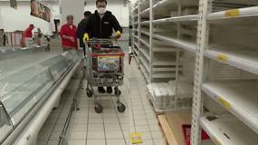 Parduotuvių lentynos masiškai tuštėja ir Rusijoje: svarsto apriboti kruopų eksportą