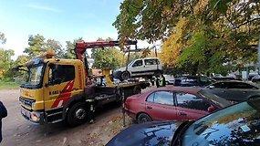 Vilniuje nutempiami automobiliai: be savininko stovėjo per ilgai