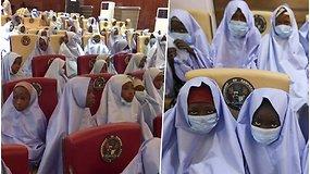 Sunkiai suvokiamo masto pagrobimas: 279 moksleivės į nelaisvę paimtos tiesiai iš mokyklos