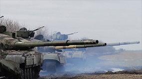 Prie Rusijos aneksuoto Krymo sienos Ukraina surengė karines pratybas